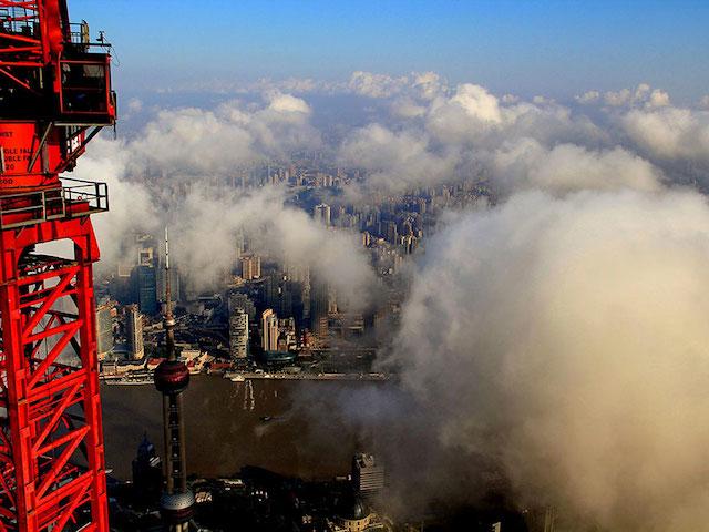 crane-operator-aerial-shanghai-photos-10
