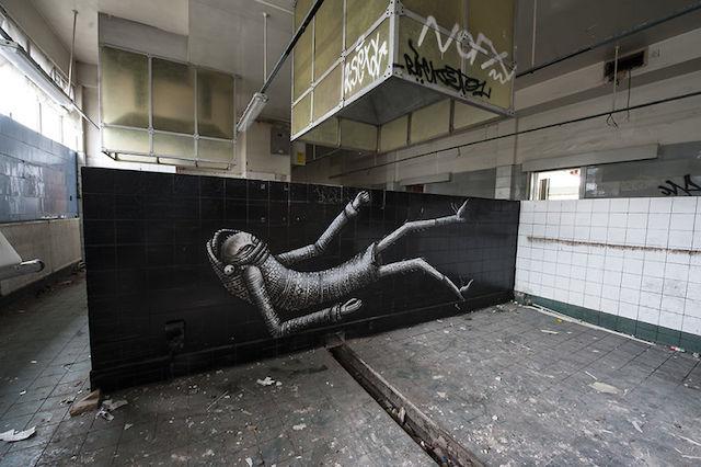 graffiti-hotel-abandoned_02