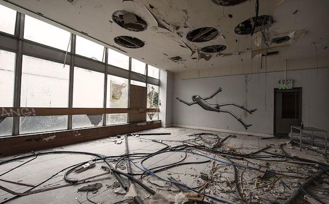 graffiti-hotel-abandoned_04
