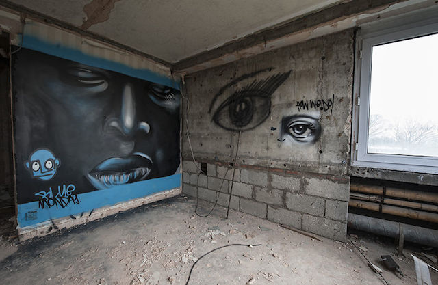 graffiti-hotel-abandoned_05