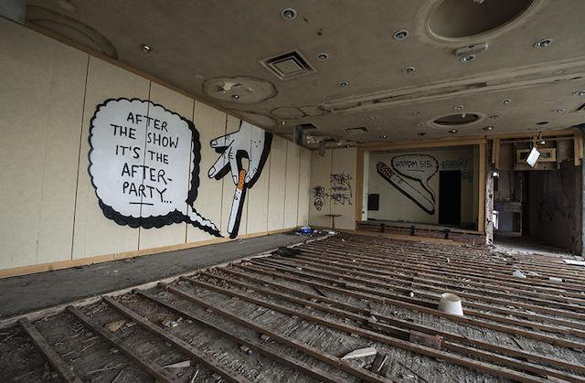 graffiti-hotel-abandoned_07