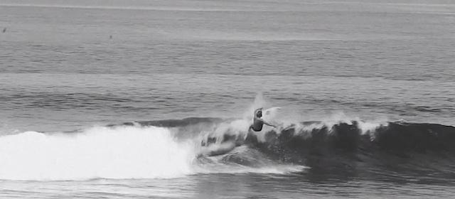 harry-timsons-black-white-surf_02