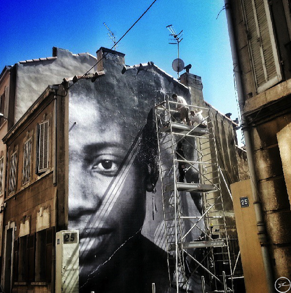 jr-unframed-marseille_04