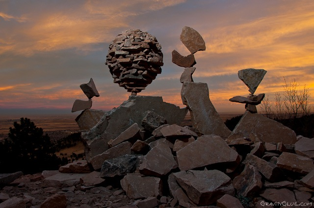 michael_grab_stones_05