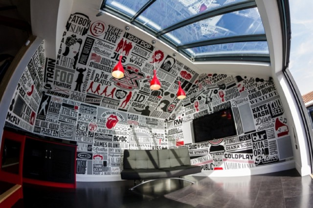 music_room_typography_mural_01