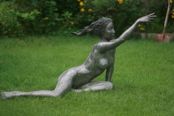 Художник-скульптор из Кореи Парк Чэн Гел (Park Chan Girl)