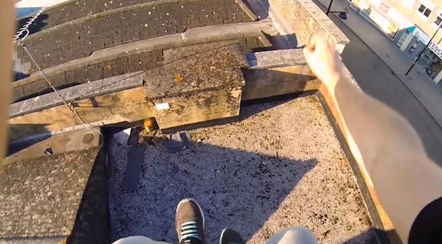 pov_rooftop_parkour_02