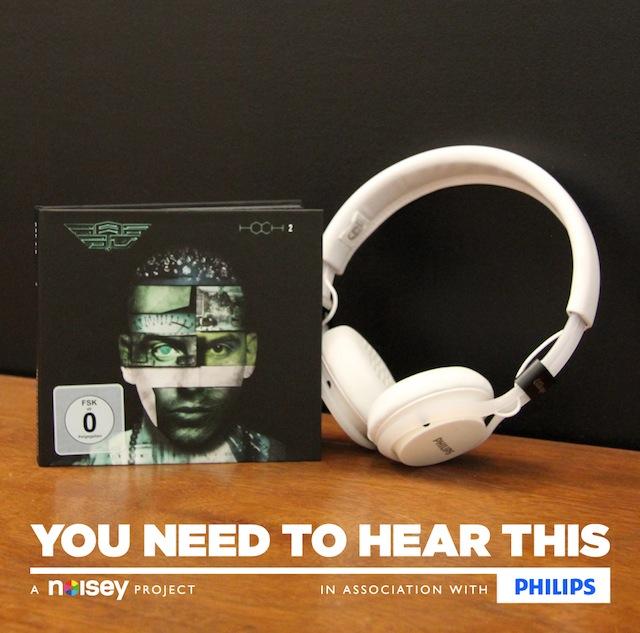 raf_letzter_song_video_headphones_04