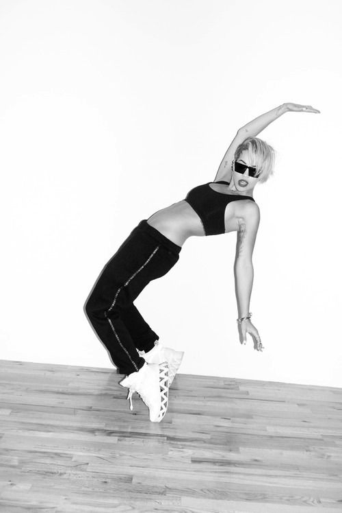 rita_ora_terry_richardson_09