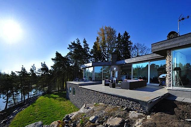 Villa am Meer in Schweden im modernen & skandinavischen Stil