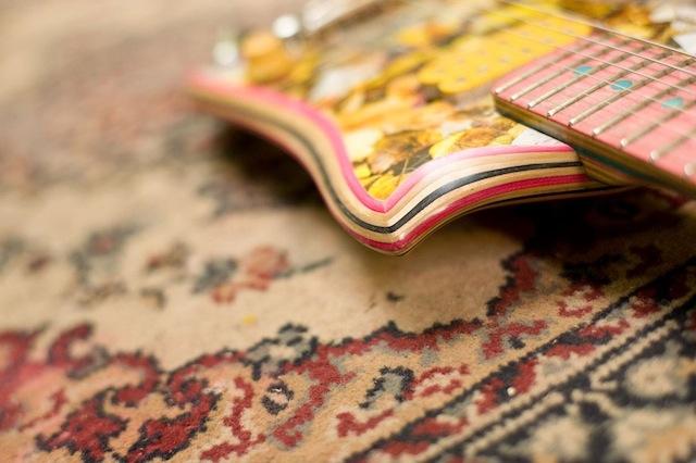 skate_guitars_05