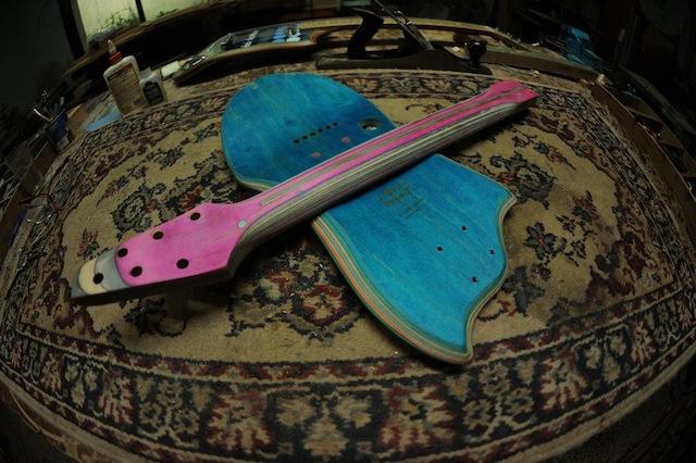 skate_guitars_07