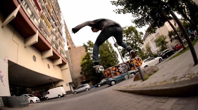 skating_east_west_berlin_02