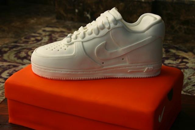 sneaker_cakes_02