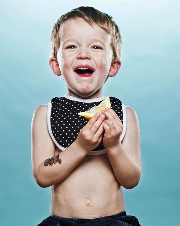 toddlers-tasting-lemon-1st-time_08