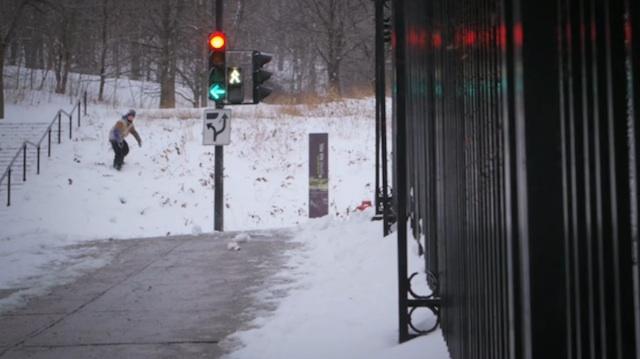 urban_montreal_snowboarding_01