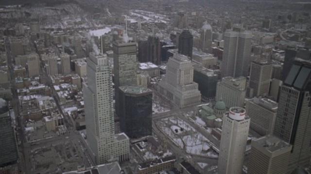 urban_montreal_snowboarding_02