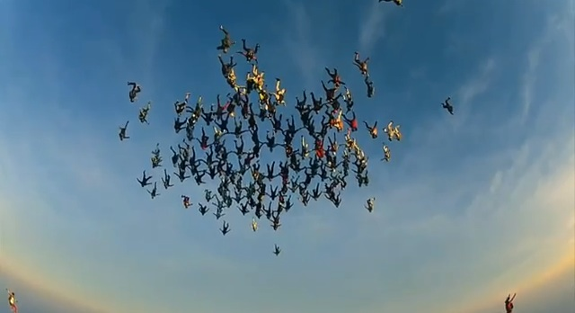 vertical_skydiving_worldrecord_03
