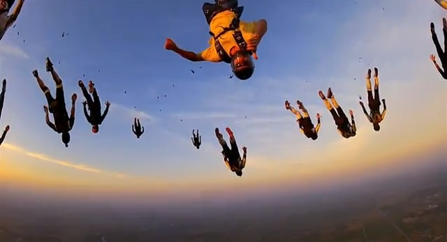 vertical_skydiving_worldrecord_04