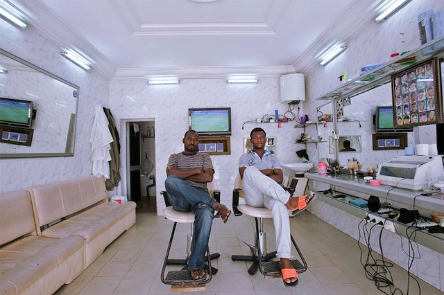 west-african_barbershops_09